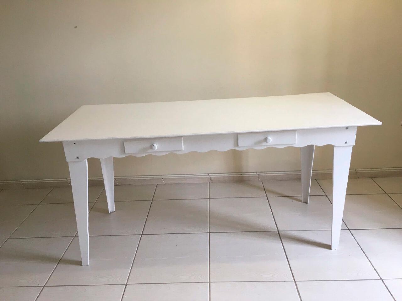 Mesa de madeira 1,70 x 0,80 - Branca